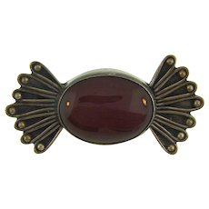 Vintage small sterling silver Brooch with carnelian stone