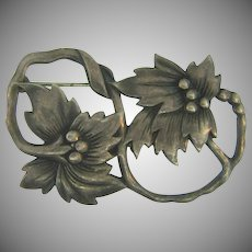 Marked sterling unusual vintage floral Brooch