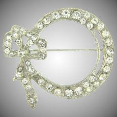 Vintage bow shaped crystal rhinestone Brooch