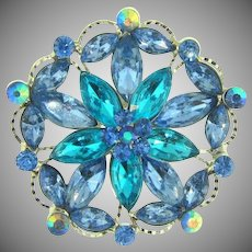 Vintage rhinestone floral Brooch in blue shades