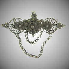Early Etrucsan style silver Brooch with chains