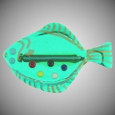 Vintage green glass figural fish Brooch with multicolored glass dots
