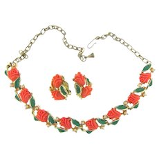 Vintage choker Necklace and clip back Earrings with plastic flowers and imitation pearls