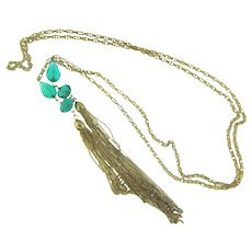 Vintage long lariat Necklace with emerald green glass beads and tassels