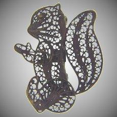 Marked 925 silver figural filigree squirrel Brooch