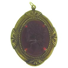 Vintage early celluloid cameo Pendant in gold tone frame