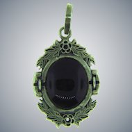Stamped 925 sterling silver Pendant with onyx stone