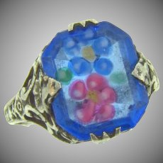 Marked Sterling vintage Ring with floral design glass