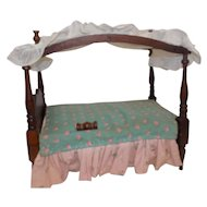 Vintage Doll Canopy Bed 1950's Richwood Sandra Sue Doll Ginny Muffie Alexander-Kins