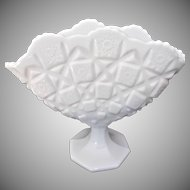 Vintage Westmoreland Milk Glass Old Quilt Fan Shaped Vase