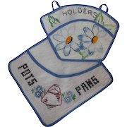Two Vintage Potholder Pockets Hand Embroidered Linen