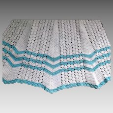 Crochet Apron for a Young Girl or Large Doll Vintage Ecru Aqua