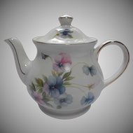 Vintage Sadler Windsor Tea Pot Lavender Pink Blue Pansies