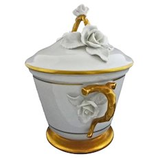 Vista Alegre Lidded Bowl White and Gilt Porcelain Applied Flowers - c. 19th Century, Portugal