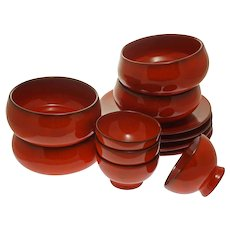 La Turbie Faience 12 Pcs (3x4) Bowls Plates Cote d'Azur Pottery Red Glaze - 20th Century, France