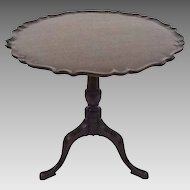 Antique Pie Crust Border Tilt-top Tea Table Mahogany Americana - c. 19th Century, USA
