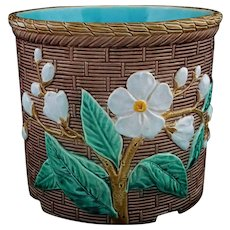 Joseph Holdcroft English Majolica Flower Pot / Planter / Jardiniere / Cache Pot Dogwood