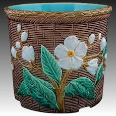 English Majolica Flower Pot / Planter / Jardiniere / Cache Pot