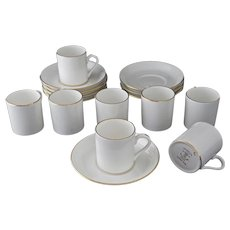 Set 8 Tiffany & Co. Demitasse Expresso Cups Saucers Gilt White Staffordshire - 20th Century, Staffordshire