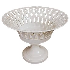 Old Paris Style Reticulated Compote / Tazza / Footed Bowl / Corbeille White Porcelain Round Circular
