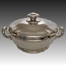 French Pewter Lidded Tureen Etains du Manoir - 20th Century, Paris France