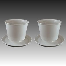 Pair KPM Modern Medium SIze Porcelain Cache Pot / Planter /Jardiniere White with Under Plates - 20th Century, Germany