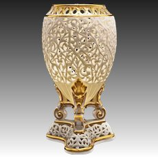 Grainger Worcester Pierced / Reticulated Orientalist Gilt Amphora Shape Vase Potpourri Holder - 19th Century, England