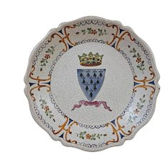 Brittany / Bretagne Armorial French Faience Plate Coat of Arms Inscribed A Ma Vie