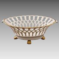 Reticulated White Porcelain Centerpiece / Console Bowl Gilt Paw Feet Vista Alegre - 20th Century, Portugal