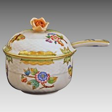 Herend Porcelain Queen Victoria Sugar Bowl and Spoon Flowers, Butterflies, Green Border, Gold - 20th Century, Hungary