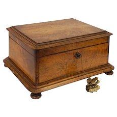 Antique Large Dressing / Vanity Case Necessaire Box Wood Tufted Silk Lining Key Bun Feet - 19th Century