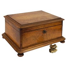 Antique Large Dressing / Vanity Case Necessaire Box Wood Tufted Silk Lining Key Bun Feet - 19th Century
