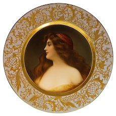 "Hutschenreuther Signed Wagner Portrait Plate ""La Gitana"" Impressed Shield Mark - late 19th / early 20th Century, Germany"