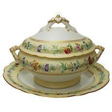 Paris Maison Gilles Vion et Baury Soup Tureen Lid Underplate Porcelain Gilt Large Porcelain - 19th Century, France
