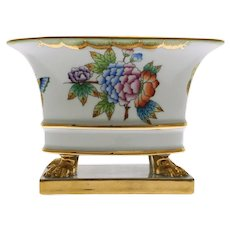 Herend Queen Victoria Cachepot Footed Bowl on Plinth Porcelain 6456 VBO - 20th Century, Hungary
