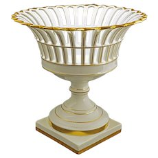 Reticulated Porcelain Footed Basket Centerpiece Compote Tazza Pierced Vista Alegre