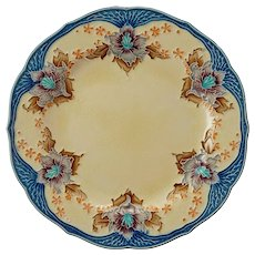 Minton Secessionist Ware Art Nouveau Glazed Majolica Ivory Ground Earthenware Plate Antique England
