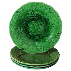 Four Strawberry Grape Majolica Green Leaf Vine Plates