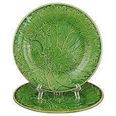 Pair Majolica Green Leaf Vine Tendrils Plates Dish Pottery