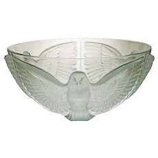 Art Deco Style Paloma Satin Frost Large Glass Serving Bowl - 20th Century, France
