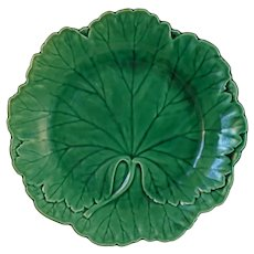 Circa 1925 Wedgwood Majolica Green Leaf Dish Plate English - circa 1925, England