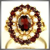 14K Gold Garnet & Cultured Pearl Ladies Cluster Cocktail Ring, Sz 9