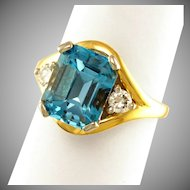 14K Gold London Blue Topaz & Diamond Lady's Dinner Ring