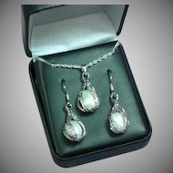 Vintage New Old Stock Silvertone Metal With Simulated Potato Pearls  Necklace & Earrings Boxed Set