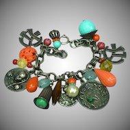 Superb Napier Asian Theme Vintage Large Chunky Silvertone Dangle Charm Bracelet