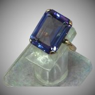 9kt Yellow Gold  Faux  Alexandrite Corundum Color Change Dinner Cocktail Ring