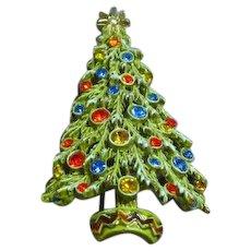 Art Signed Christmas Tree With Enamel Snow Rhinestones Ornaments Pin Brooch