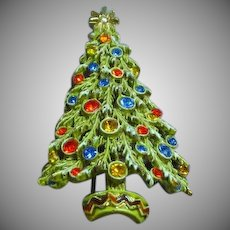 Art Signed Christmas Tree With Enamel Snow, Rhinestones Ornaments Pin Brooch