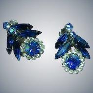 Vintage Juliana D&E Blue Crystal  Rhinestone Rhodium Plate Clip Earrings