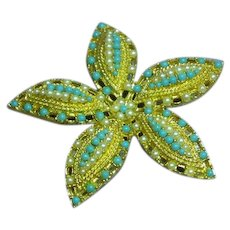 Sarah Coventry Elegant Signed Simulated Turquoise, Faux Seed Pearl, Star Fish Brooch Pin